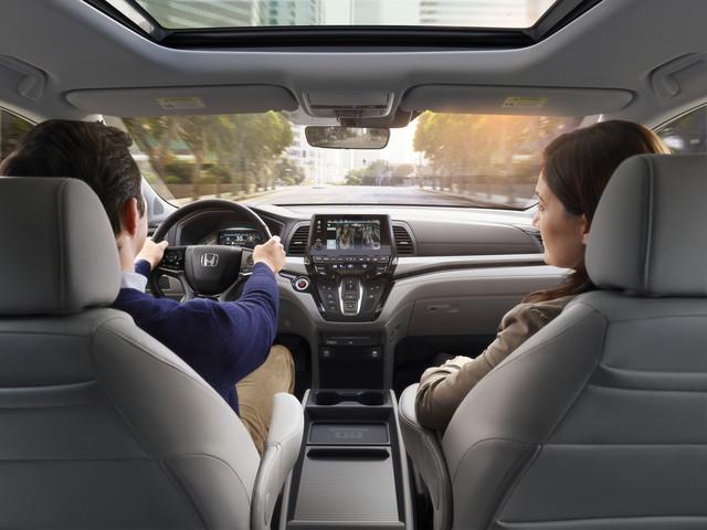 12 2018 Honda Odyssey