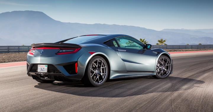 2017 Acura NSX 1001   Cropped