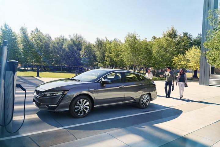 05   2017 Honda Clarity Electric