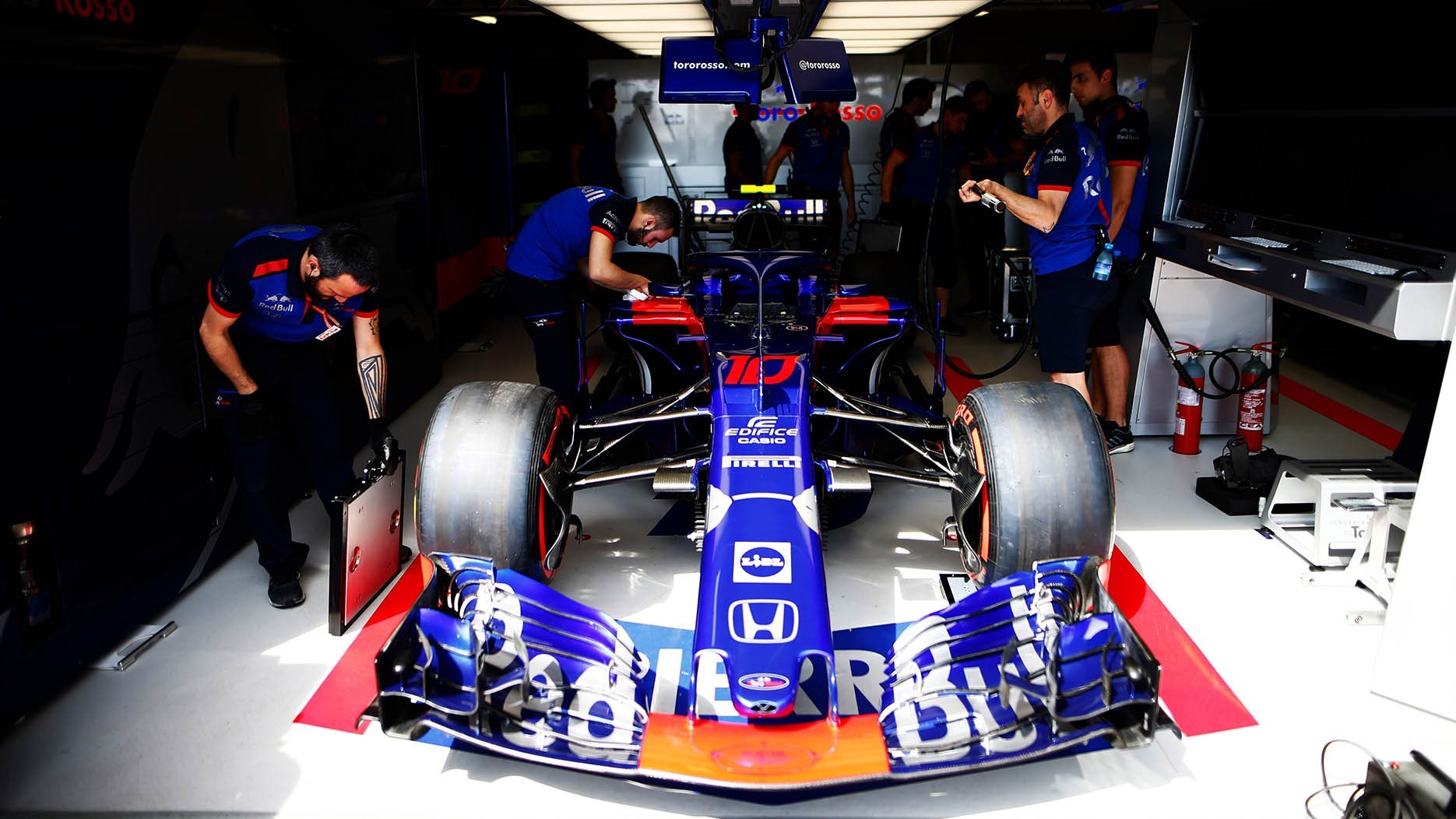 133309 Honda To Supply F1 Power Units To Red Bull Racing