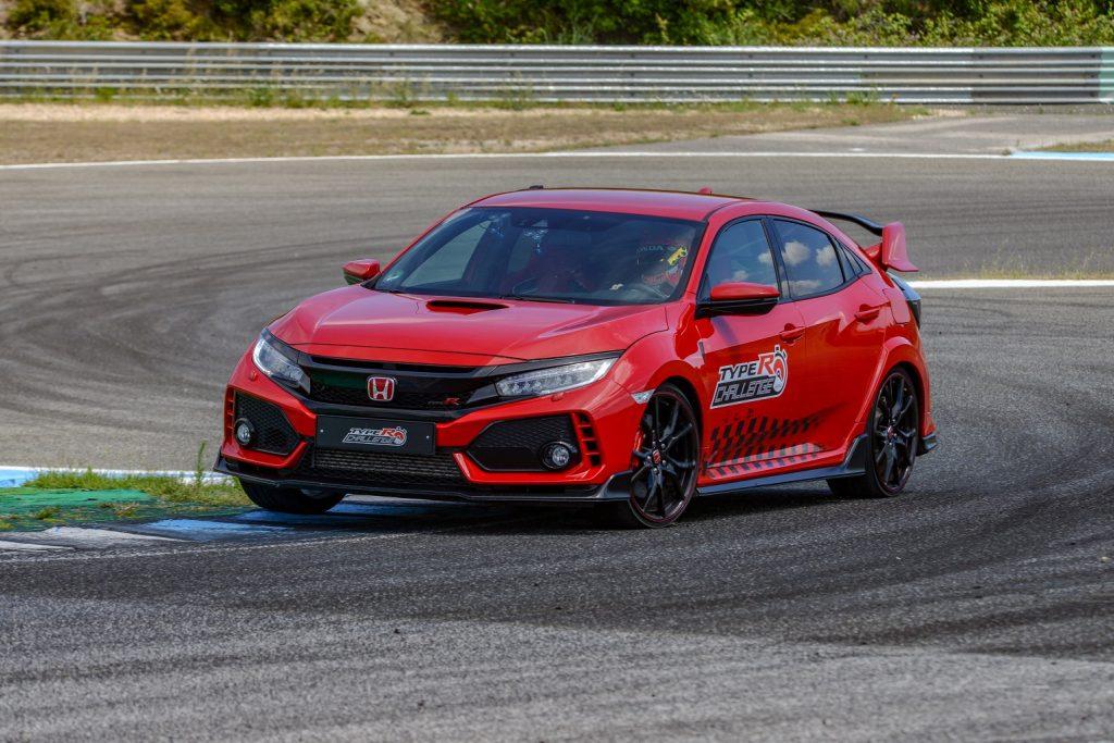 135769 Honda Civic Type R Sets New Lap Record At Estoril Circuit In Portugal 1024x683