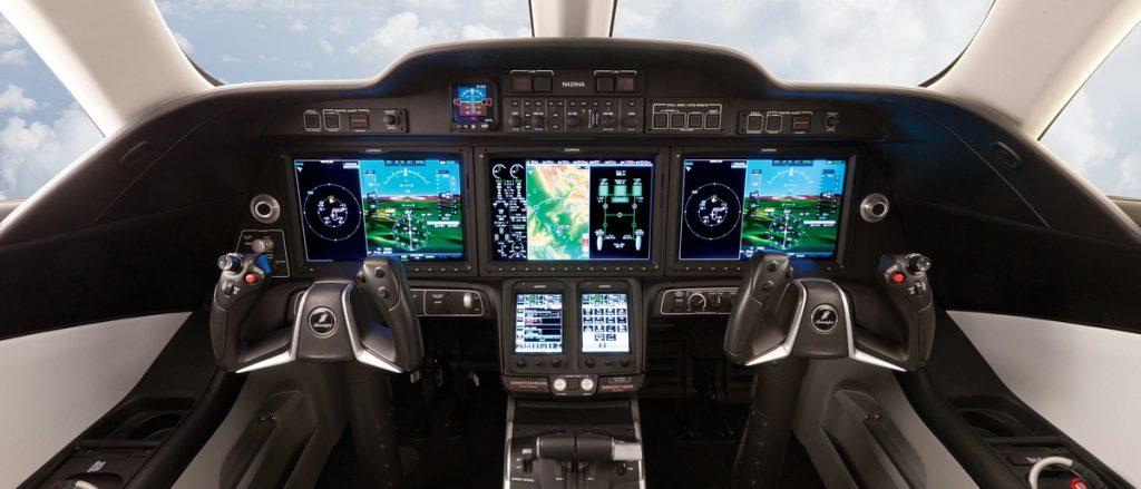 HondaJet Cockpit 1024x439