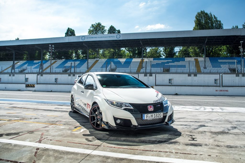 73943 Honda Civic Type R Sets New Benchmark Time At Monza With Honda WTCC S 1024x682