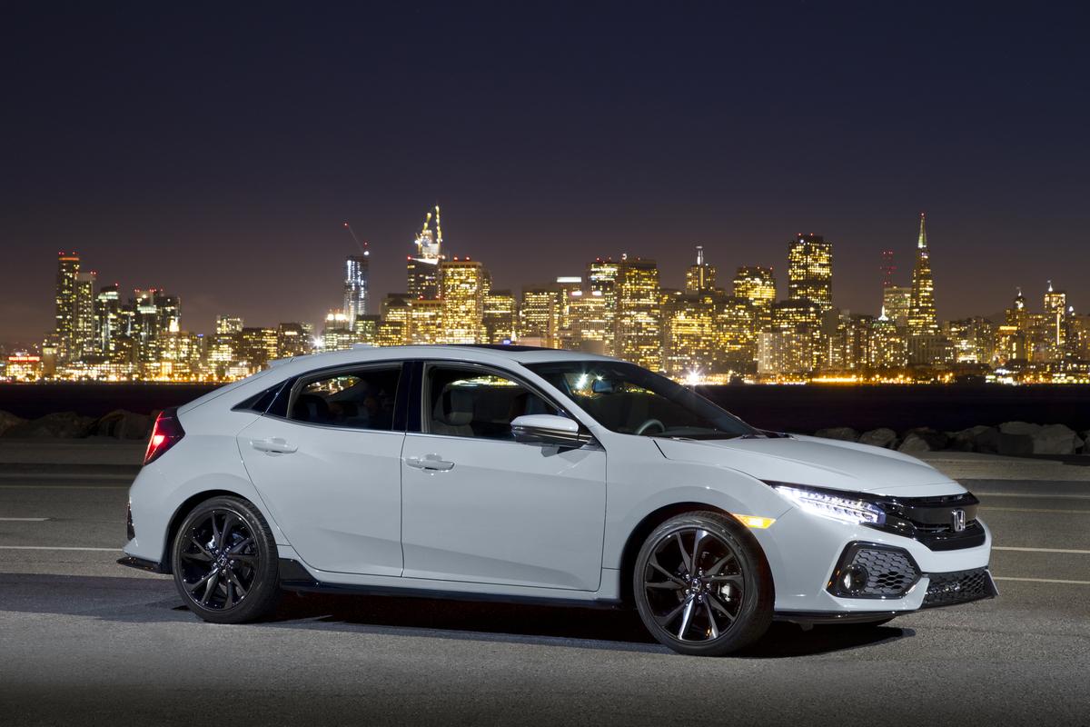 2019 Honda Civic Hatchback 42