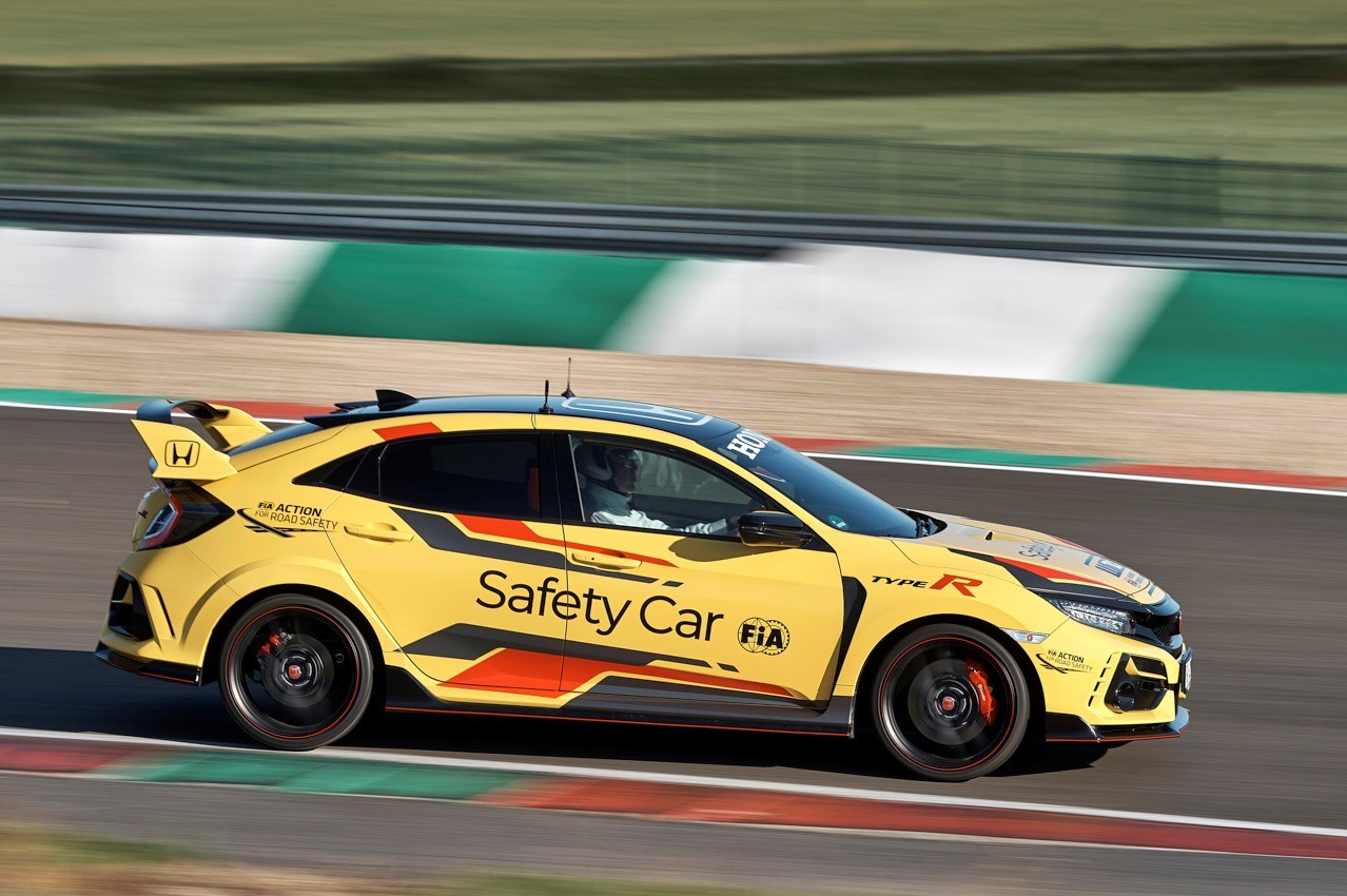 303943 Honda Civic Type R Limited Edition Is The 2020 WTCR Official Safety Car