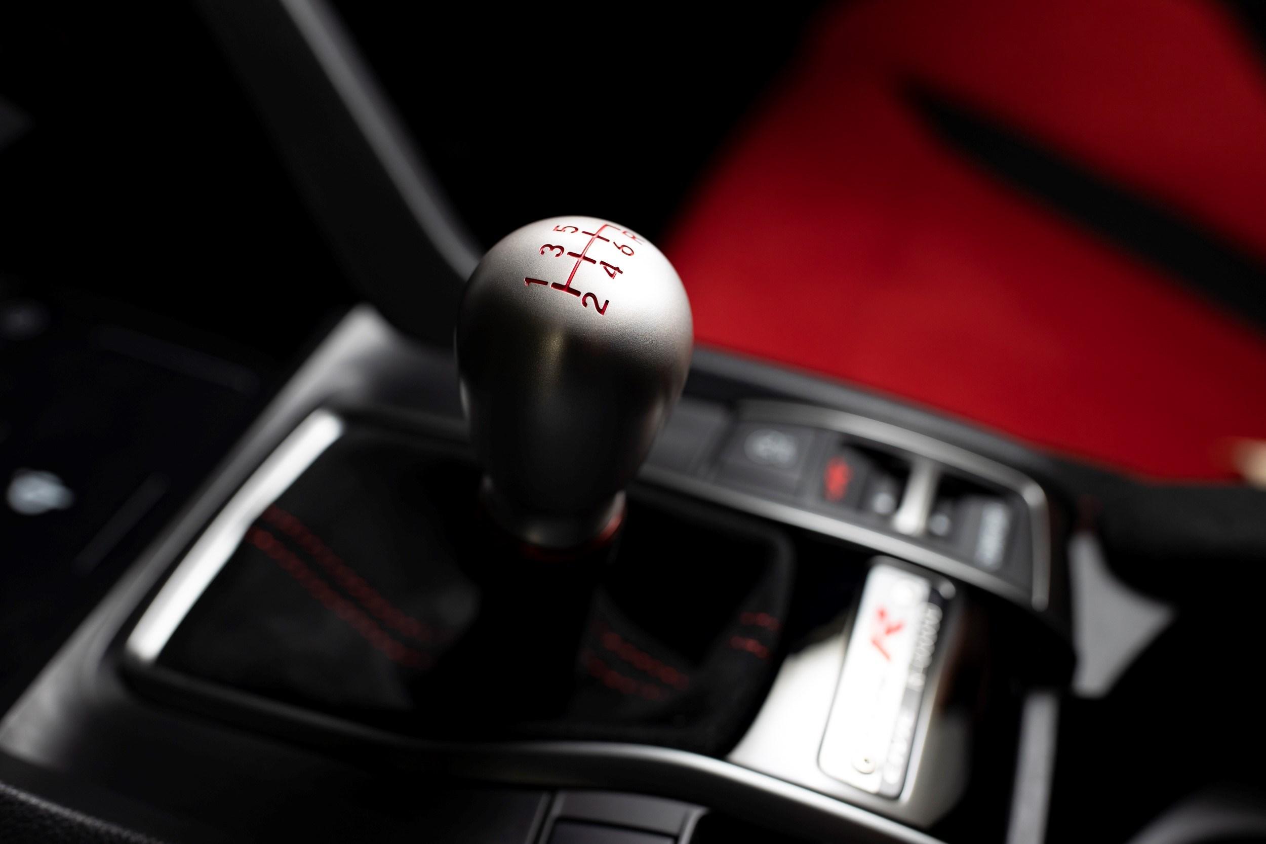 304376 Honda Civic Type R Limited Edition Suzuka Circuit