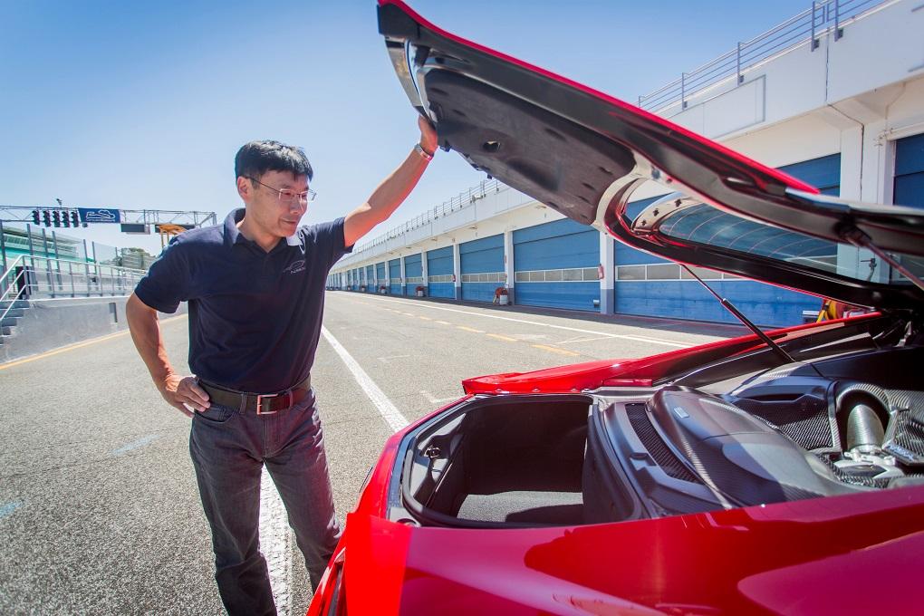 75881 Engine Chief Yasuhide Sakamoto Gives An Insight Into NSX Development