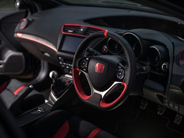 100996 Honda Civic Type R Black Edition