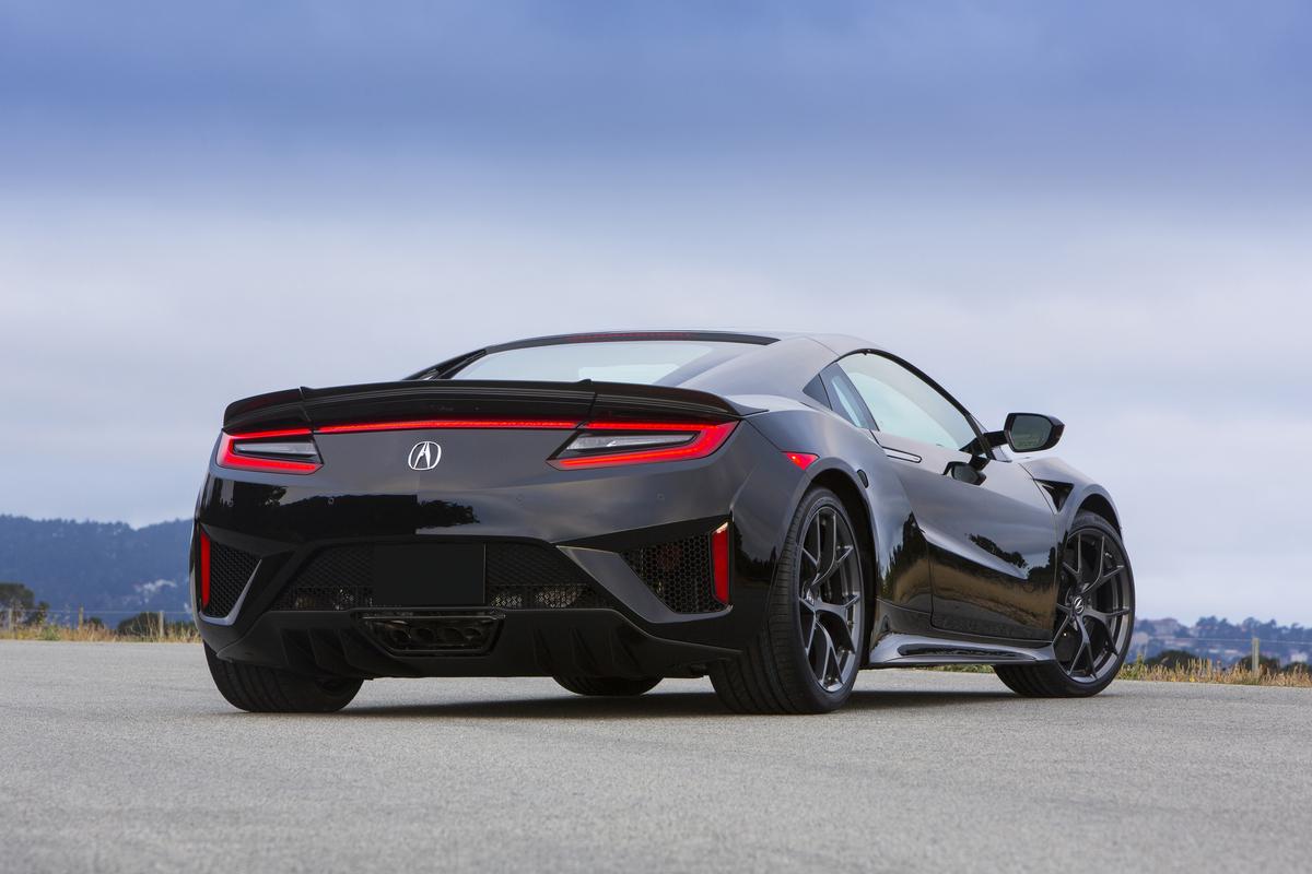 2017 Acura NSX   019