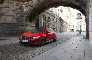 108934 2017 Honda Civic Type R 300x198