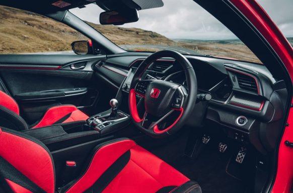 112595 2017 Honda Civic Type R FK8 582x384