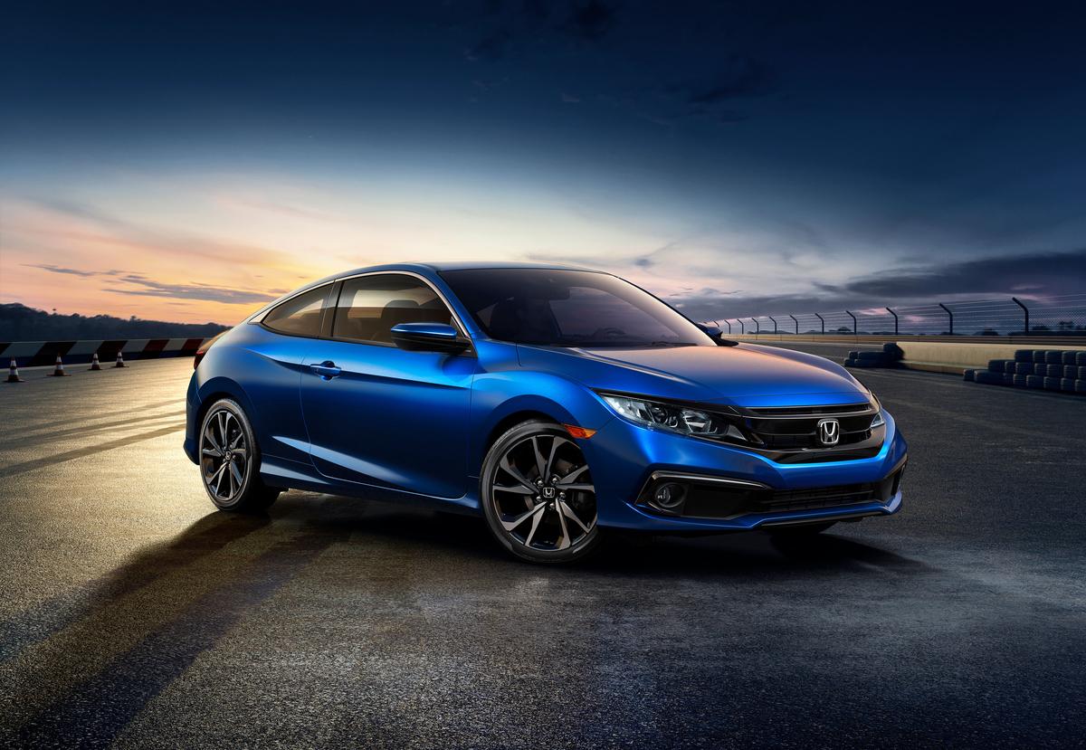 01   2019 Honda Civic Coupe Sport
