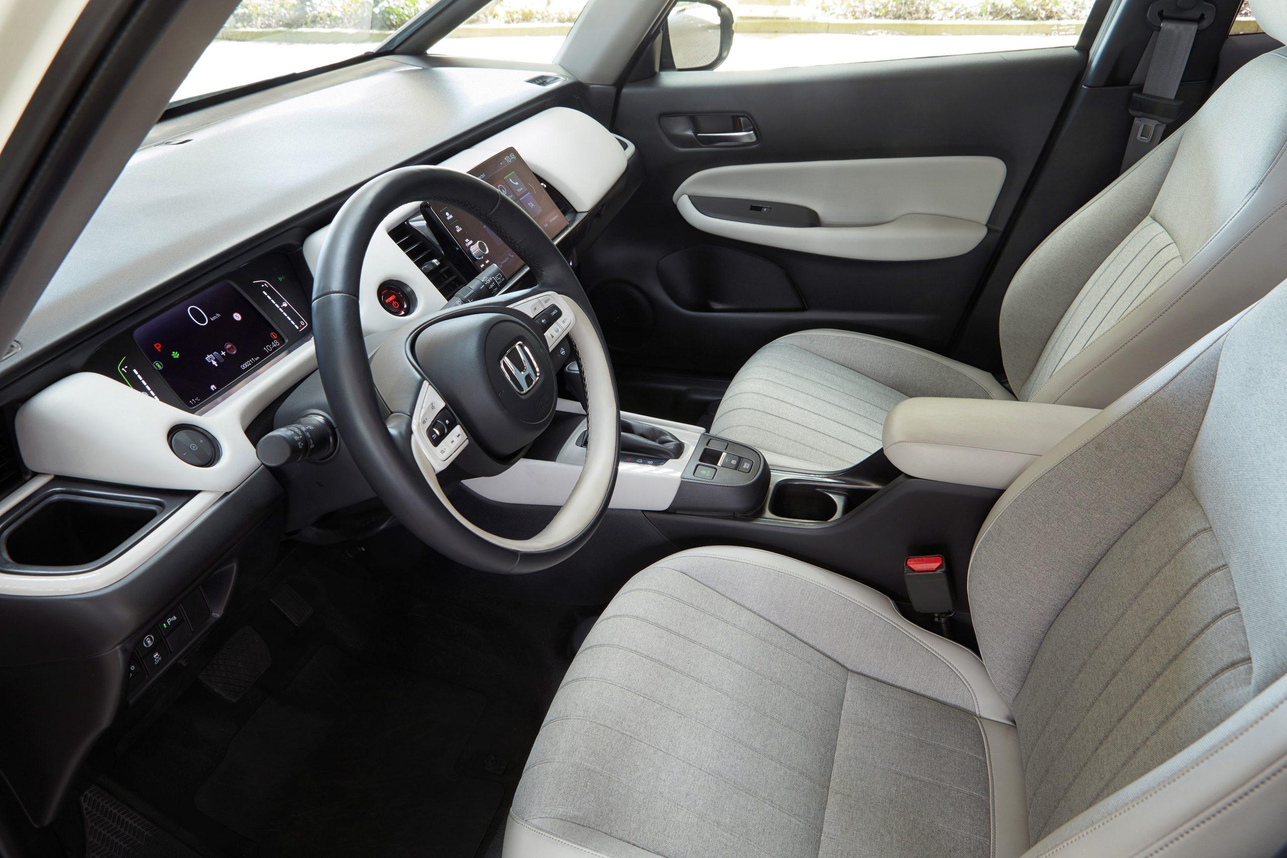 302610 2020 Honda Jazz E HEV Jazz Crosstar E HEV Scaled