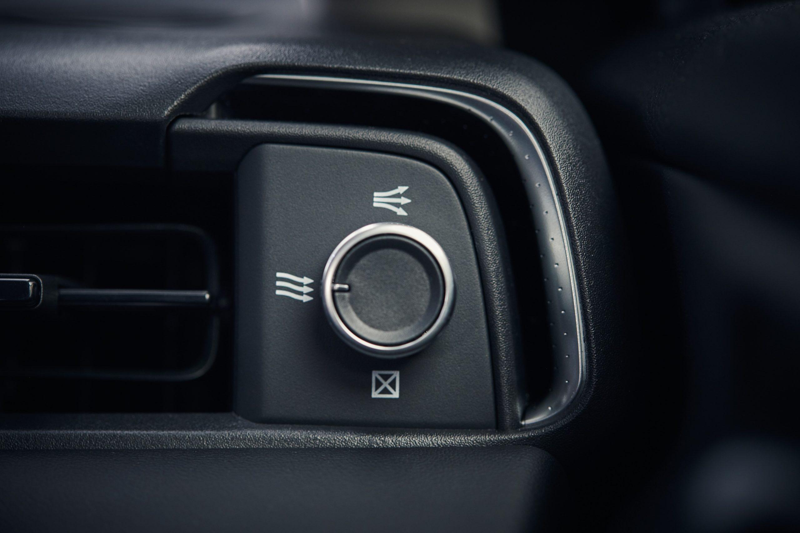 332941 Honda HR V E HEV 2021   Interior Scaled